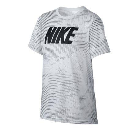 Remera-Nike-Sportswear-Legend