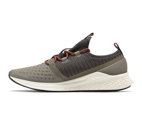Zapatillas-New-Balance-Lazr-Hyposkin