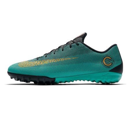 Botines-Nike-VaporX-12-Academy-CR7