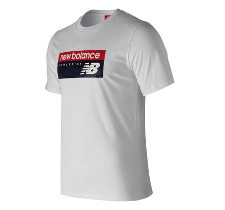 REMERA-NEW-BALANCE-ATHLETICS-BANNER