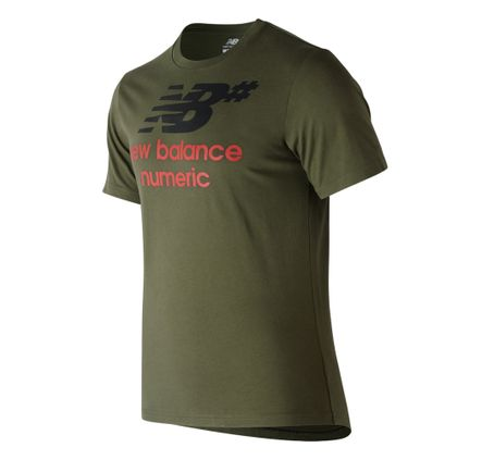 REMERA-NEW-BALANCE-STACKED
