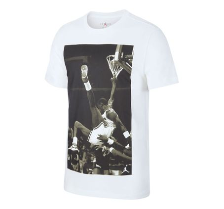 REMERA-JORDAN-HANGTIME-PHOTO