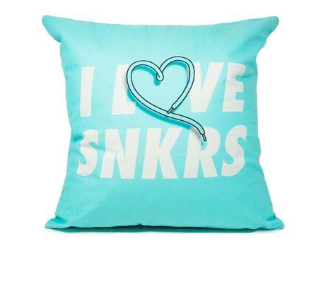 SHOTER-ALMOHADON---I-LOVE-SNKRS--