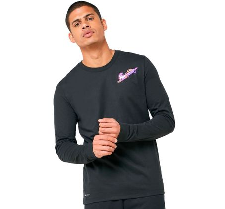 REMERA-NIKE-PERFORMANCE-HOOK